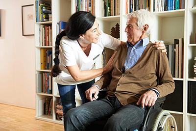 круглосуточная сиделка для пожилого